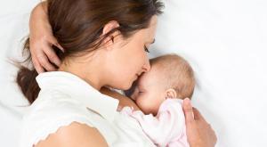 صورة: إيقاف الرضاعة الطبيعية لطفل صغير